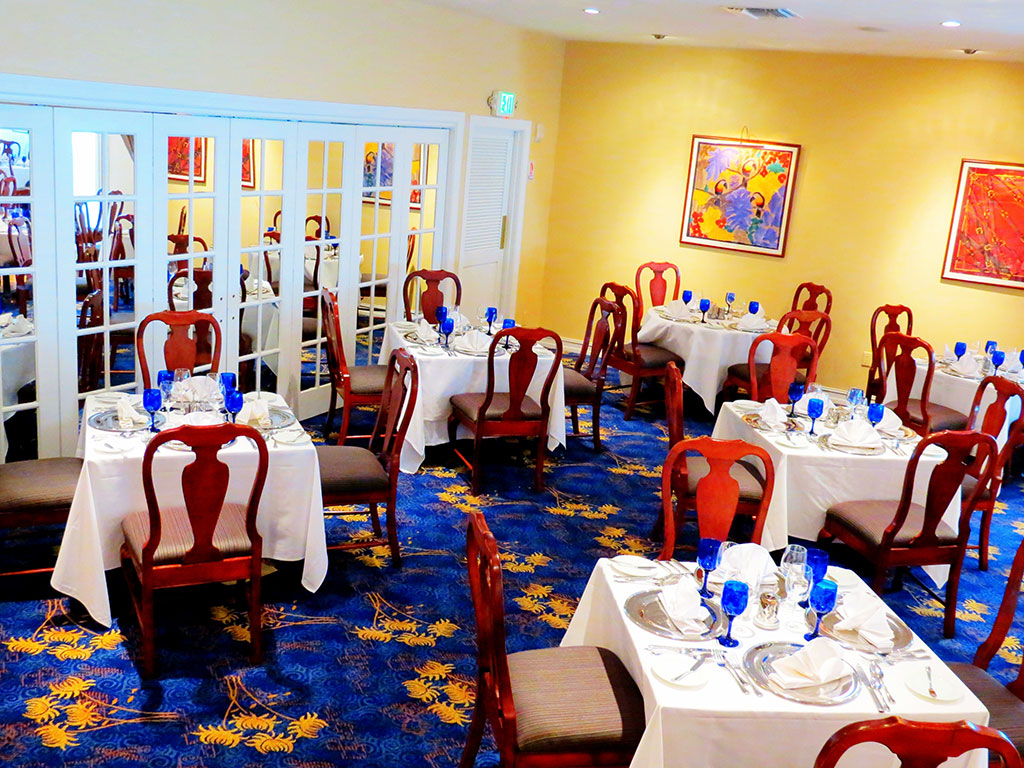 Carpet Install | Brooks Restaurant in Deerfield Beach, FL