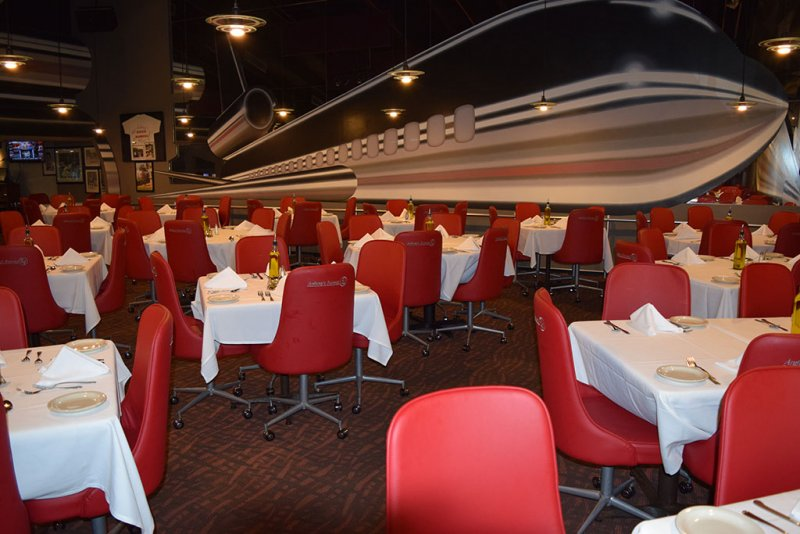 restaurant-carpet-installation-runway-84-ft-lauderdale.jpg