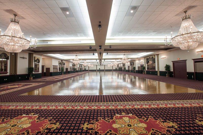 South Flooring Carpet Flooring Contractor | Signature Grand Venue